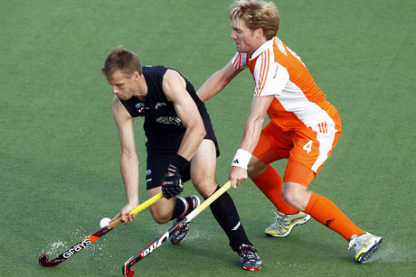 Black Sticks captain Dean Couzins, left (Photosport)