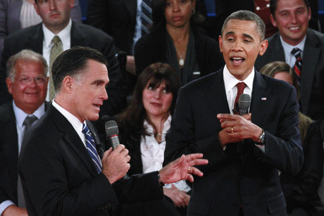 US President Barack Obama and Republican presidential nominee Mitt Romney argue during the second US presidential campaign debate (Reuters/Jason Reed)