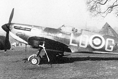A spitfire plane flown in the Battle of Britain