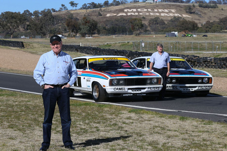 Allan Moffat (left) and Colin Bond with the original 1977 winning Ford Falcons (NZN)