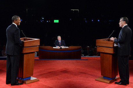Republican presidential candidate Mitt Romney (R) and US President Barack Obama (L) face off (NZN)