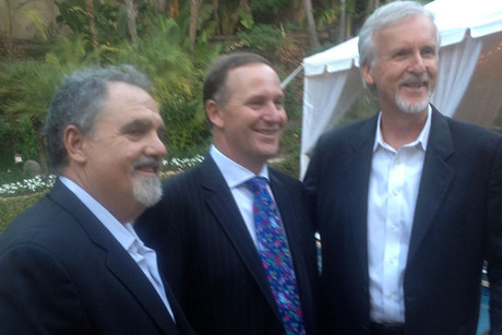 Prime Minister John Key with producer Jon Landau (l) and director Jim Cameron (Photo: Twitter/@johnkeypm)