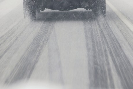 The snow has the potential to affect roads including Porters Pass, Lindis Pass and Arthurs Pass (file)