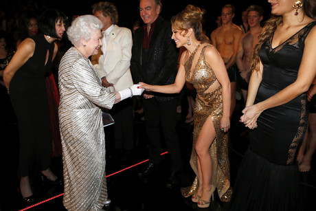 Queen Elizabeth II greeting Kylie Minogue at the 2012 Royal Variety Performance (Reuters)