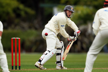 Stephen Murdoch batting for Wellington is caught behind by Gareth Andrew (photosport)