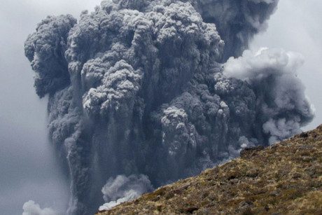 Ash and gas rise from Mt Tongariro yesterday (Reuters)