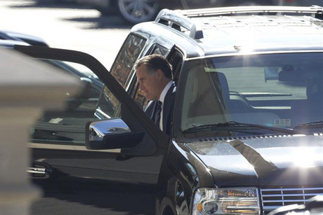 Mitt Romney arrives for lunch at the White House (Reuters)