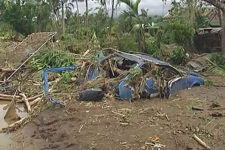 Disaster officials say on the south coast alone more than 1000 homes have been destroyed