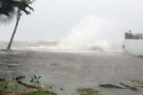 Supplied image of strong waves from Cyclone Evan at Suva Point in Fiji (AAP)