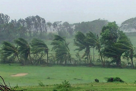 Cyclone Evan batters Fiji