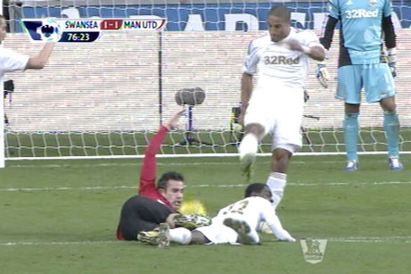 Ashley Williams' 'clearance hits Robin Van Persie in the head