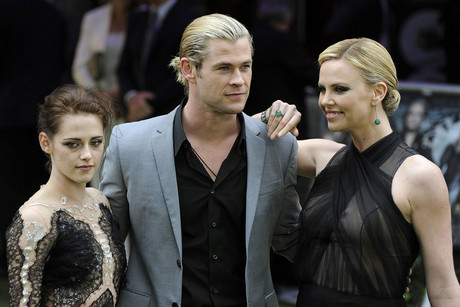 Kristen Stewart, Chris Hemsworth and Charlize Theron at the premier for Snow White and the Huntsman