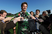 All Blacks skipper Richie McCaw working his magic on the media (photosport)