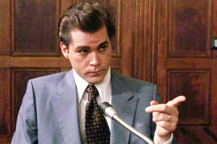 Ray Liotta pays tribut...