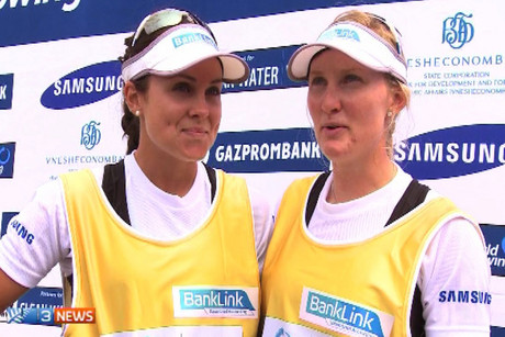 Kiwi rowers Julia Edward and Louise Ayling
