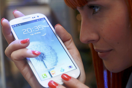 Samsung Galaxy S III (Reuters)