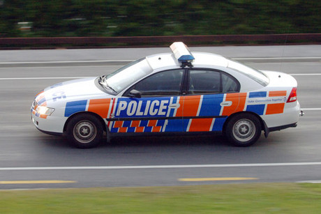 A 25 minute chase through south Auckland ended in a three car smash (file)