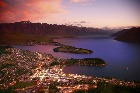 Queenstown steals surrounding regions' business over Easter, says Dean