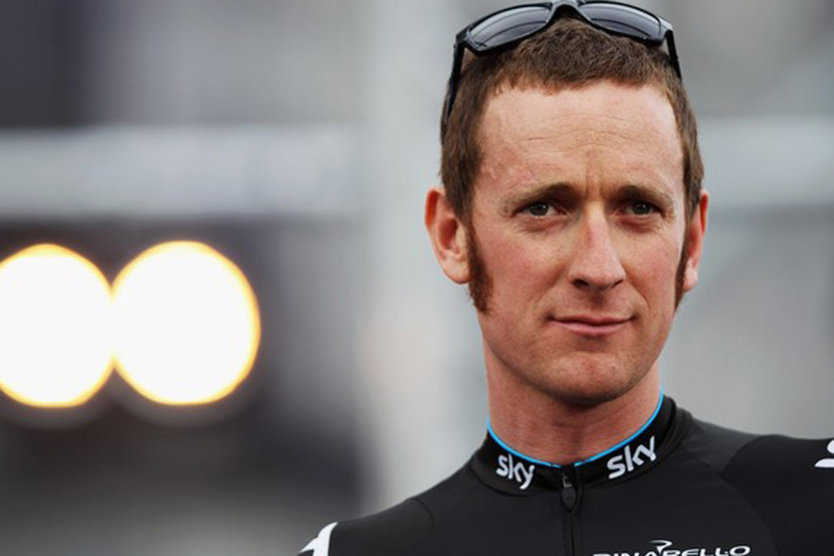 Bradley Wiggins earned a  million dollar salary, leaving the net worth at 3 million in 2017