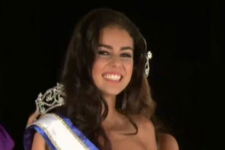 Sixteen-year-old Aleisha Robertson from Auckland has been crowned the winner at the international teen beauty pageant held in Texas