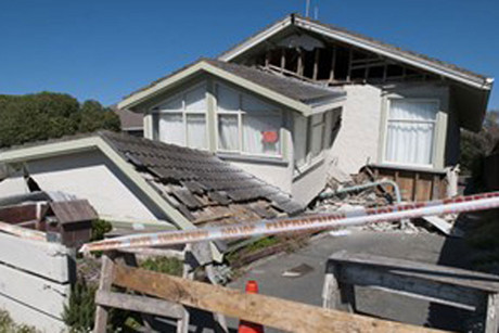 Homeowners are struggling with their earthquake-related claims (file)