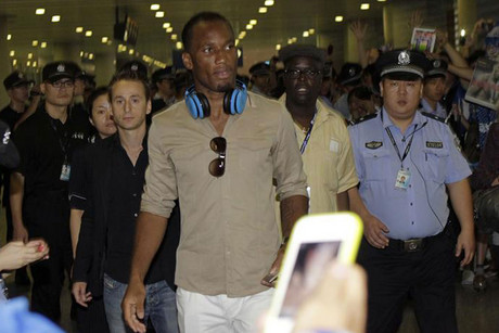Didier Drogba arrives in China (Reuters)