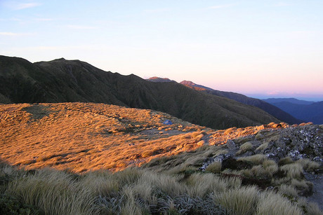 The Tararua Ranges (Photo: Geoff Jacobsen and Lisia Grocott)