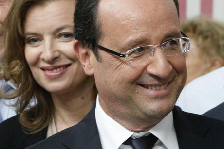 France's President Francois Hollande and his companion Valerie Trierweiler (Reuters)