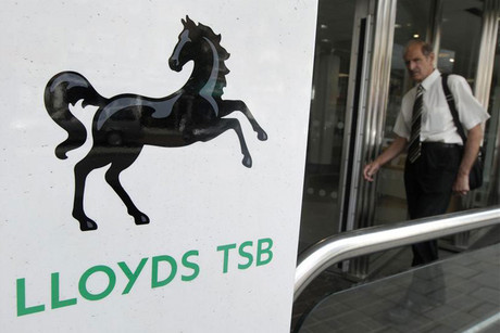 Lloyds will well 632 branches (Reuters)