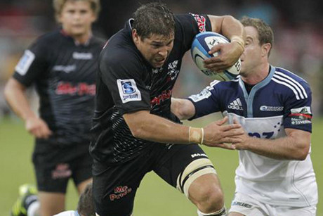 Sharks lock Willem Alberts (Reuters file)