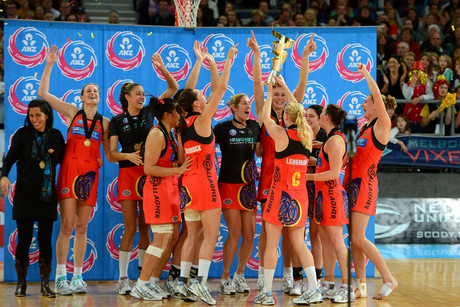 The Magic have their hands on the ANZ championship trophy (Photosport)