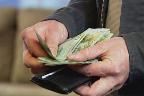 No one wins when you pay with cash, say politicians