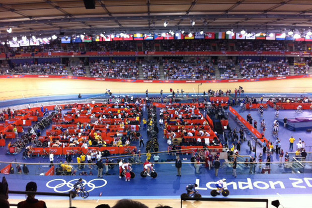 New Zealand men's sprint team compete at the velodrome (Photo: Melissa Davies)