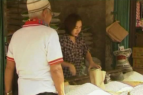 Rice is a staple food in Indonesia, but there have been concerns about consumption levels