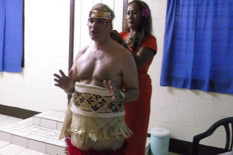 Len Brown being dressed in ceremonial attire (Su'a William Sio/Facebook)