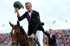 Mark Todd with his Bronze Medal for Eventing Team Jumping (Photosport)