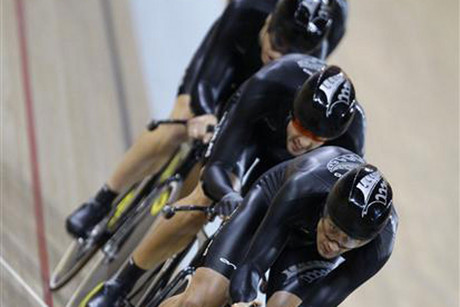 Jack Bobridge expects the four-way dogfight for track cycling's team pursuit Olympic gold medal will take a huge chunk out of the world record (Reuters file)