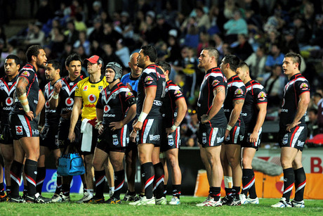 The Warriors after the Cowboys score a try (Photosport)