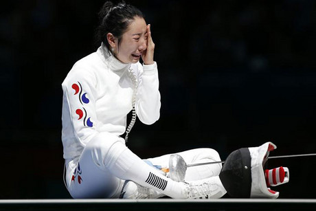 Controversy turned to tears for Korean fencer Shin a Lam (Reuters)