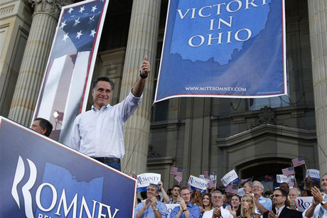 Republican candidate Mitt Romney campaigns in Ohio (Reuters)