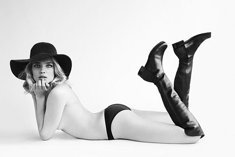 Advertising image supplied by Stuart Weitzman
