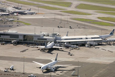Auckland Airport says regulations are blocking necessary expansion  (Photo: Reuters)