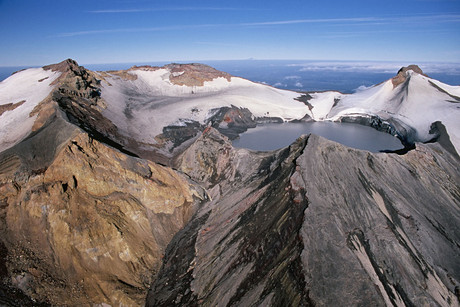 Mount Ruapehu's crater lake (AAP)