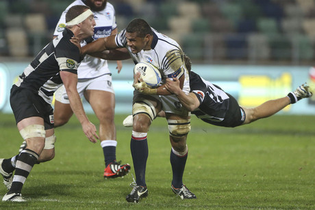 Auckland's Peter Saili fends off a Hawkes Bay tackle (Photosport)