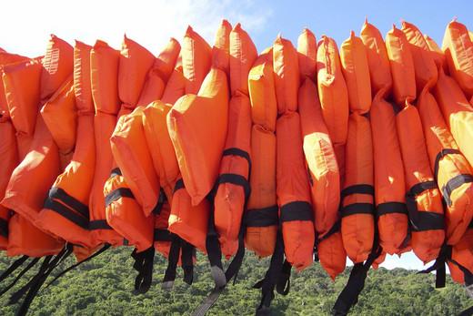 School buys lifejackets in tsunami fear