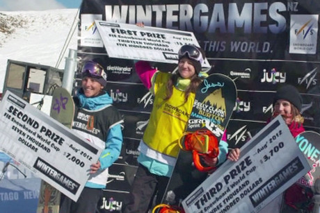 Former Olympic champion Kelly Clark scored 83 points to edge out France's Sophie Rodriguez