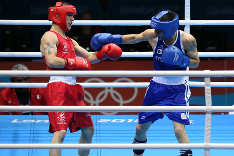 Ireland's John Joe Nevin (left) and Mexico's Oscar Valdez Fierro during their men's quarterfinal bantamweight 56-kg at the Excel Arena, London (Photo: AAP)