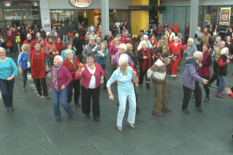 The Lifemark Flashmob performing by the Downtown Shopping Mall