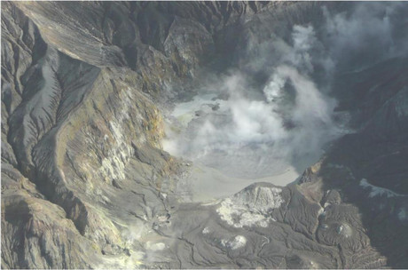 The crater lake of White Island shortly before it erupted (GNS)