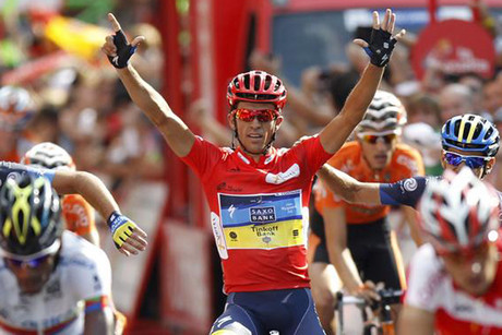 Alberto Contador finishing the final stage of the Vuelta (Reuters)